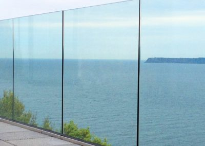 Frameless-Glass-Balustrade-11-1600x400