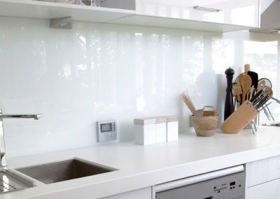 white splashbacks